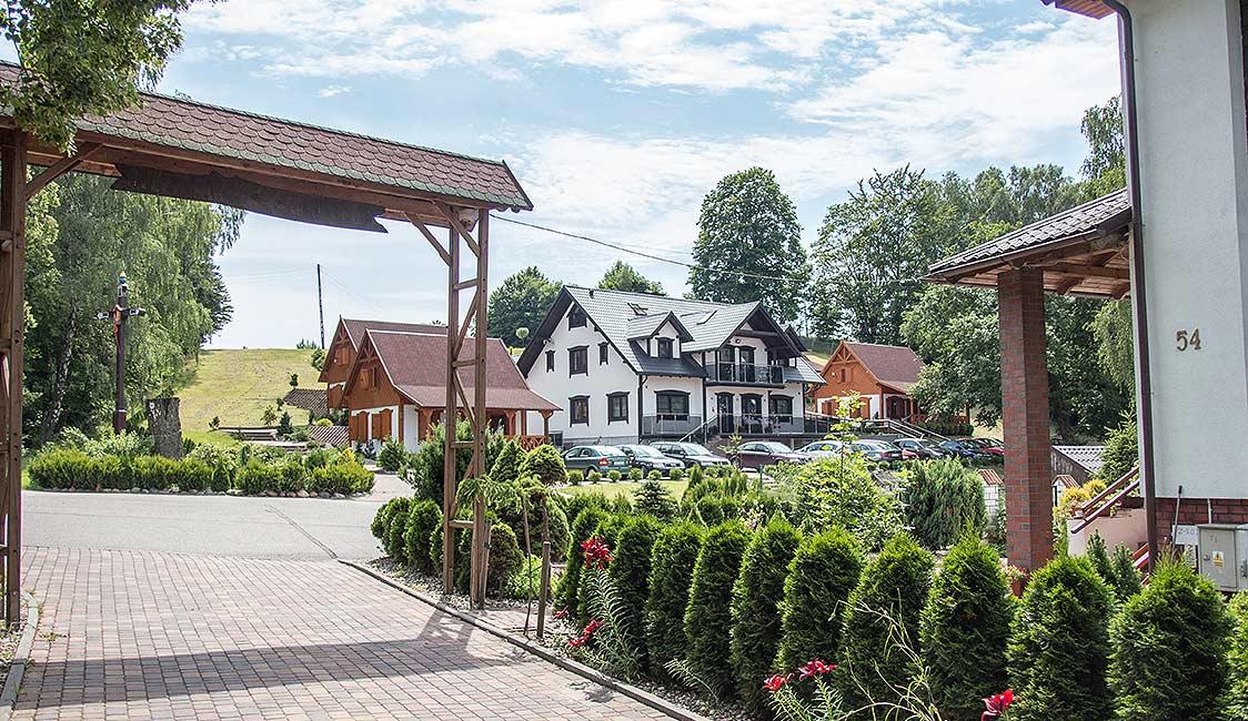hotel i domki Zajazd Nad Stawem w Grabówku